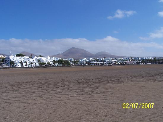 Aparthotel Costa Mar: vista de la playa