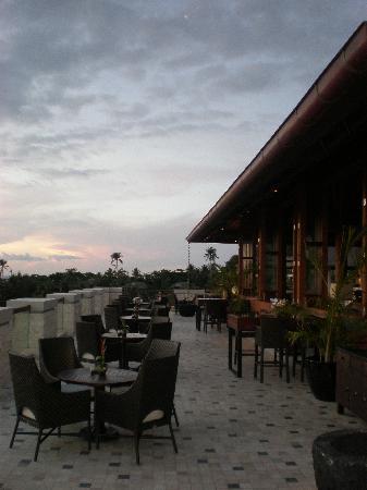 Shangri-La's Boracay Resort & Spa: lobby lounge