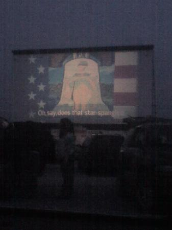66 Drive-In Theatre: Drive in at starting......