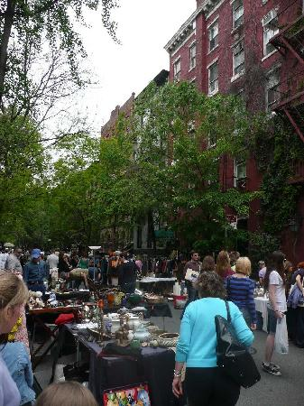 Jones Street Guesthouse: Flea Market