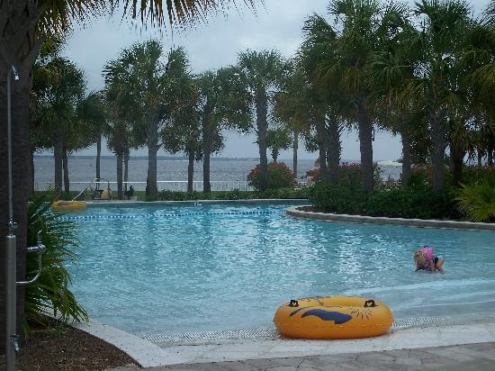 Destin Beach Resorts With Lazy River