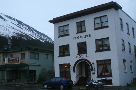 The Van Gilder Hotel: Historic View