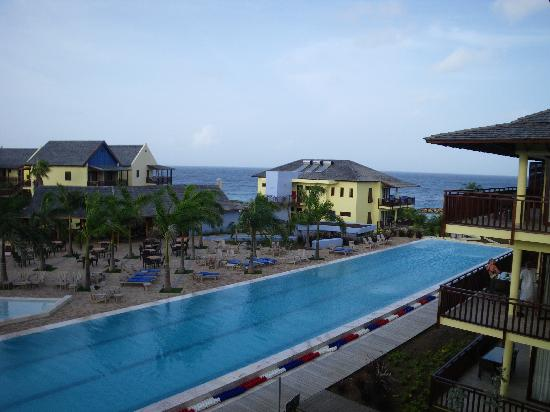 Lions Dive & Beach Resort Curacao: View From Balcony