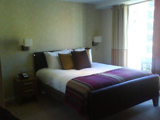Staybridge Suites Newcastle: Bedroom area