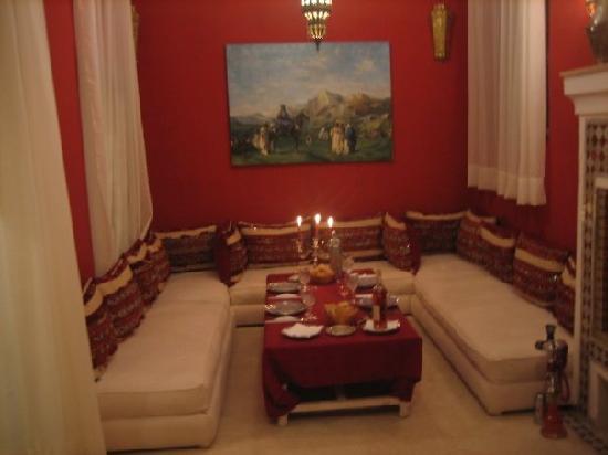 Riad Azoulay : sala da pranzo