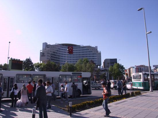 Hilton Kayseri: The Hotel from the city plaza