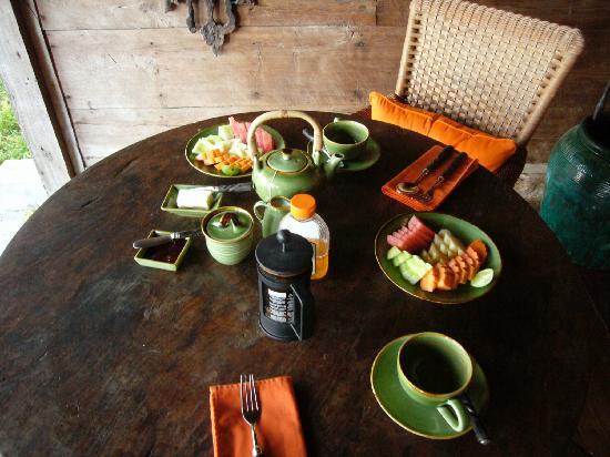 Bambu Indah: breakfast at our terrace