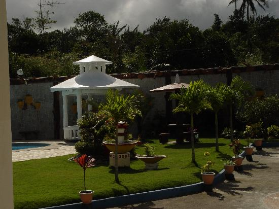 Bon Carrillo Garden Resort: Gazebo