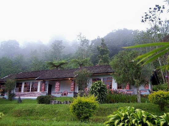 Ashram Guesthouse: rooms