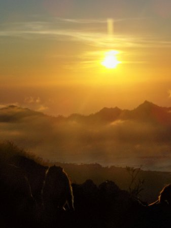 Kuta, Indonesia: sunrise from gunung batur