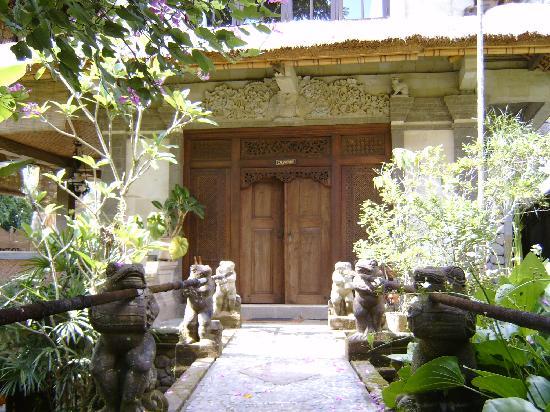 Alam Jiwa: Eingang zum Zimmer