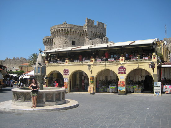 Rhodes Town, Greece: Tourist trap