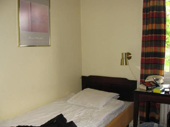 Hotel Haga Kristineberg: The bed