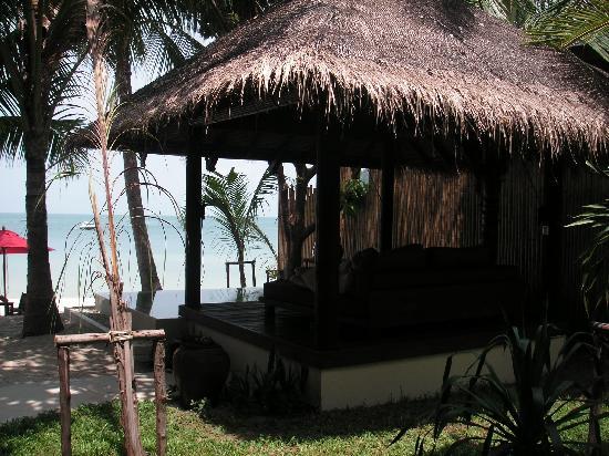 Anantara Rasananda Koh Phangan Villas: Our private beachside Sala and Pool