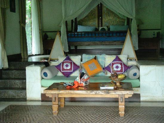 Villa Orchid Bali: Ansicht Wohn- und Schlafzimmer  Bungalow
