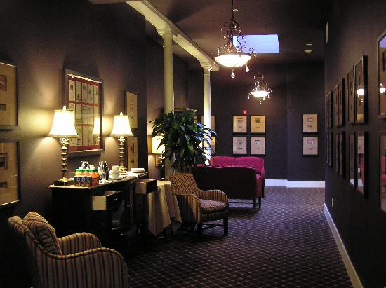 The Clarke Hotel: Stylish lobby