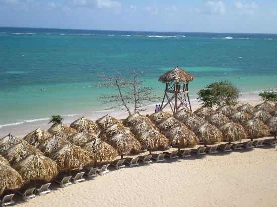 Iberostar Grand Hotel Rose Hall: The beautiful beach