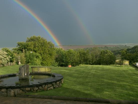 Boslinney Barn: Rainbow's End