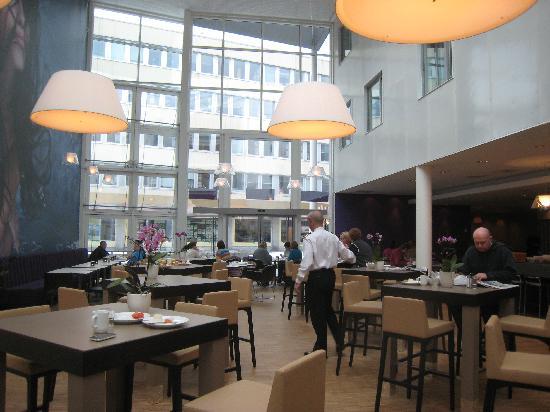 Comfort Hotel Trondheim: Breakfast area