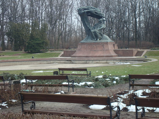 Warsawa, Polandia: Chopin Monument at Lazienki Park