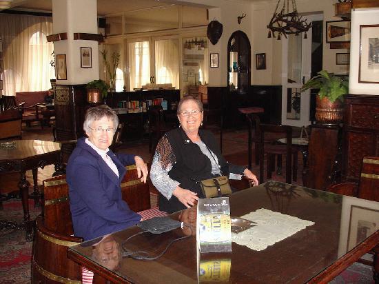 Windsor Hotel Cairo: The Barrel Bar