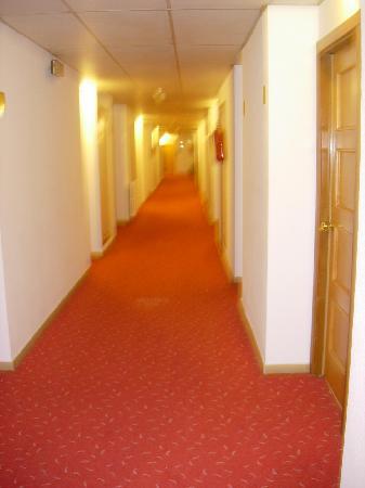 Hotel Augusta Club: Couloir