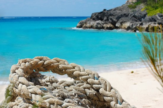 Islas Bermudas: The amazingly blue waters of Bermuda at the Pink Beach Club