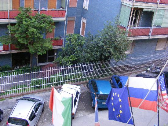 Mayorca Hotel: The street2