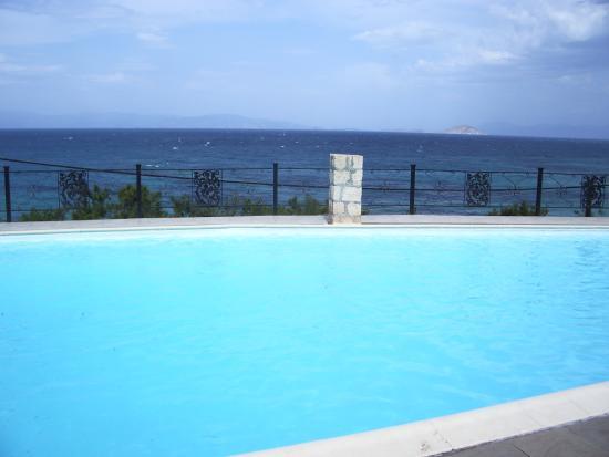 Hotel Nafsika: the pool
