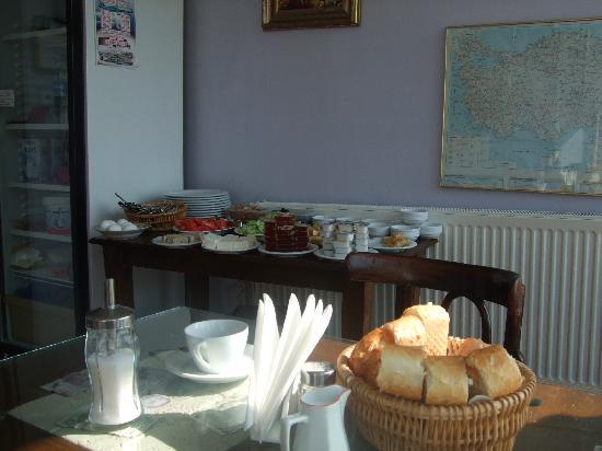 Tulip Guesthouse: breakfast
