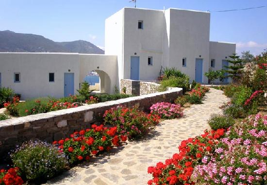 Paros Paradise Apartments: BACK SIDE VIEW