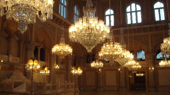 Chandelier court - Picture of Chowmahalla Palace, Hyderabad ...