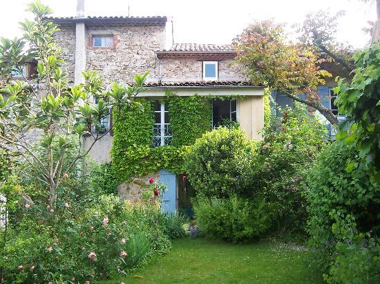 Antraigues-sur-Volane, Ranska: Le jardin du Balastou