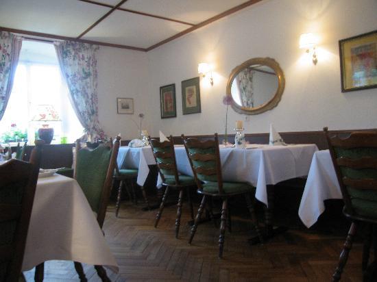 Hotel Gasthof zum Ochsen: Salle du petit déjeuner