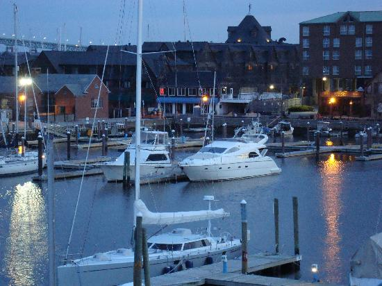 nice boat picture of newport harbor hotel marina. Black Bedroom Furniture Sets. Home Design Ideas