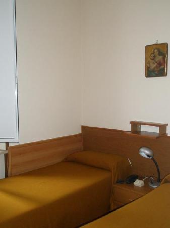 San Giuseppe Della Montagna : Rooms are quite simple but comfy