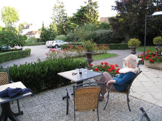 Le Pre Saint Germain Hotel : Patio
