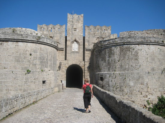 Rhodes (ville), Grèce : One of the gates