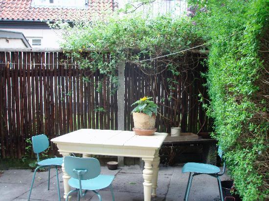 BedinCPH: courtyard