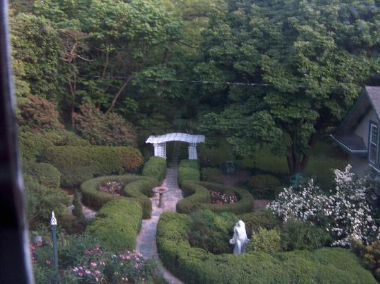 Sobotta Manor Bed & Breakfast: An evening retreat