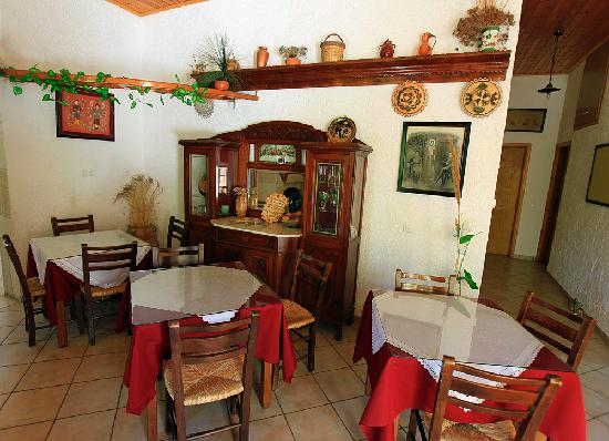 Hotel Keramos: Breakfast area