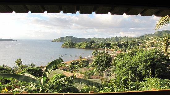 Mtsamboro, Mayotte : Vue depuis la terrasse du gîte