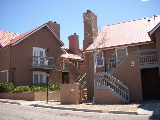 Exterior of the Residence Inn Santa Fe