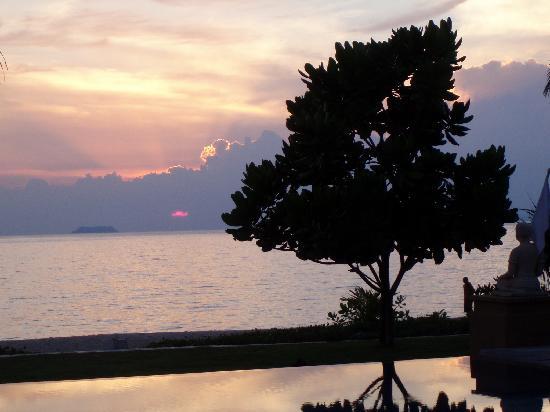 ลยานะ รีสอร์ท แอนด์ สปา: Another beautiful sunset