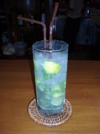 ลยานะ รีสอร์ท แอนด์ สปา: One of the many cocktails.