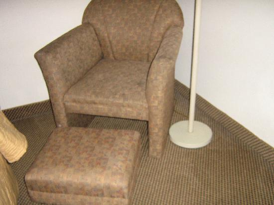 Comfort Inn Blythewood: chair looked slightly stained