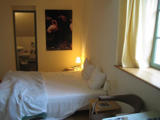 Hotel les Deux Ponts : Bedroom