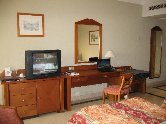 Golden Tulip Carthage Tunis : My room (317)