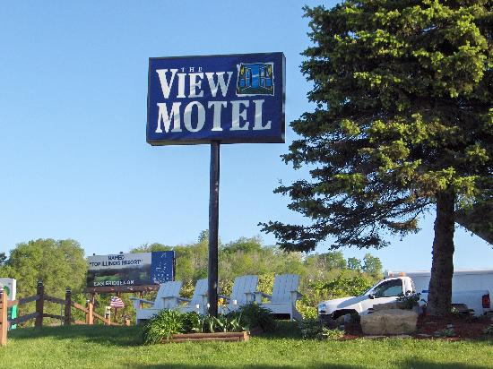 The View Motel: Viewd from Hwy 20