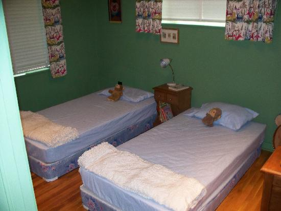 Medgar Evers Home: Medgar Kids Bedroom